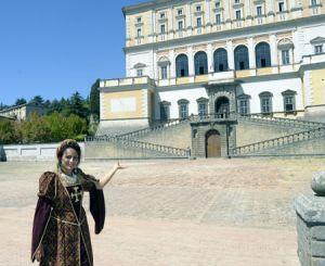 La Guida Paola Cimetta in costume rinascimentale