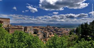 Veduta del borgo e della campagna romana