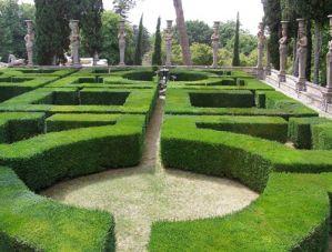 I Giardini all'italiana di Villa Farnese