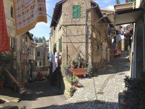 Leggi tutto: Il Borgo di Caprarola