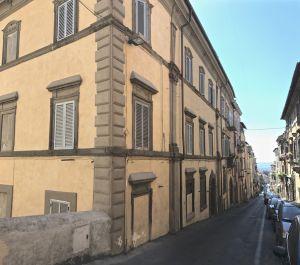 b_300_0_16777215_00_images_borgo_palazzo-flacchi-2.jpg