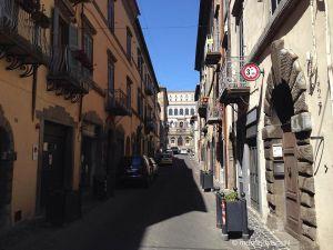 Leggi tutto: La Via Dritta a Caprarola